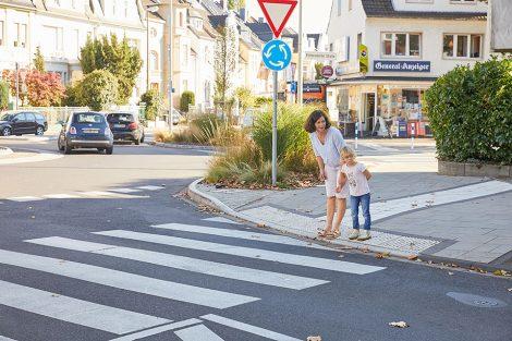 Kleine Fußgänger